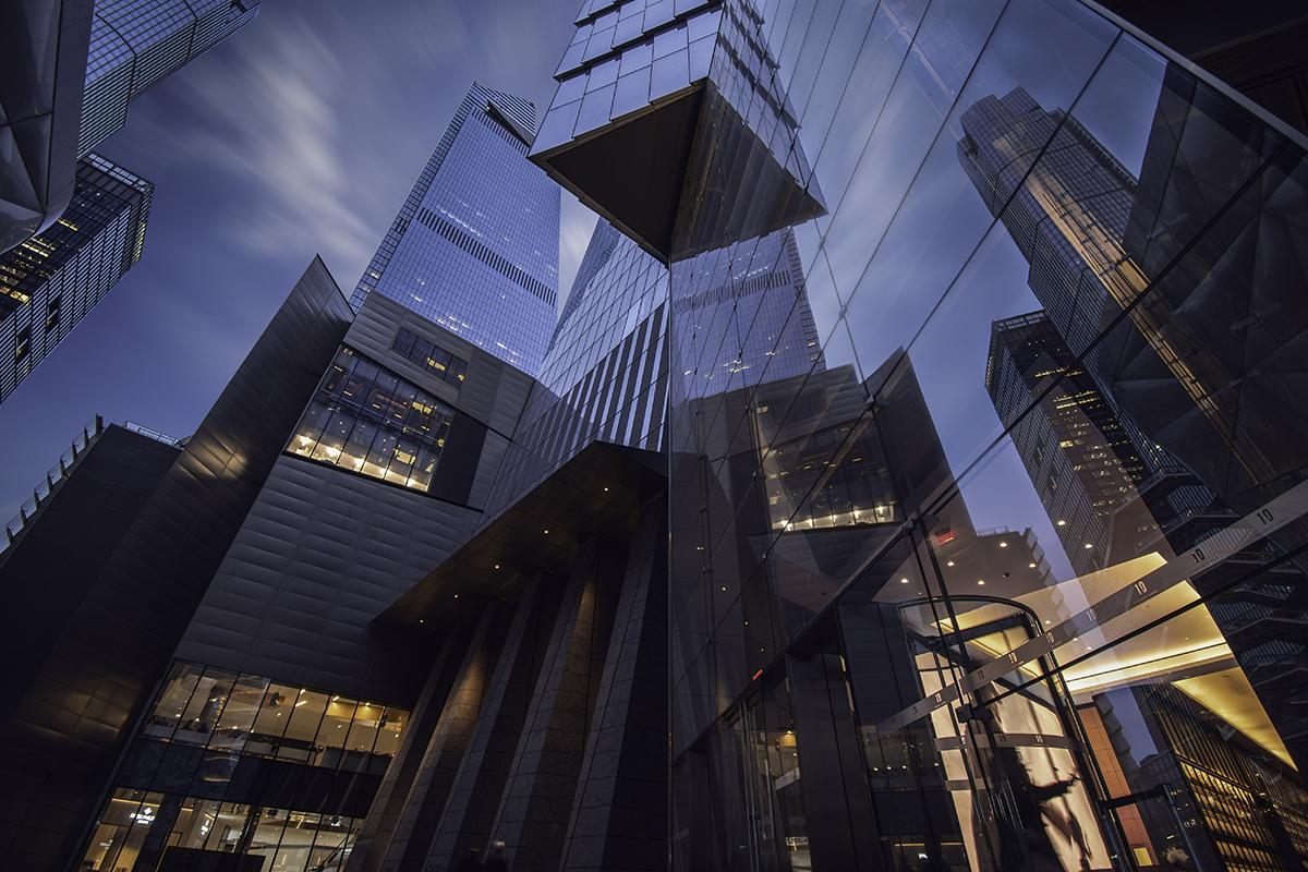 buildings_w_cloudsHDR.jpg