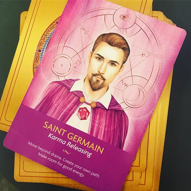 "#motivationmonday got me pulling cards!!! • Starting off the week with some support from the angels...the powerful Saint Germain who helps us move beyond limitations to connect to our highest good. • If you've been holding on to any burdens, carrying guilt, stress or anxiety about something or someone, know that it is time to shed these patterns and tendencies.  You are supported in moving forward into more loving, compassionate space. • After all, as Einstein said, "" no problem can be solved from the same level of consciousness that created it""  It's time to raise your consciousness and clear any energy that isn't serving you!  #angeltherapy #kylegrey #stgermain #karma #raiseyourvibe #createspace #viaualization #mindfulness *********** Do you want to: ⭐️Reconnect with your best self ⭐️Align your goals, habits and beliefs ⭐️Make lasting, positive change ⭐️Love the life you live WHILE you live  it...visit www.heartcenteredyou.com to learn more!! #hcydailydose #investinyou"