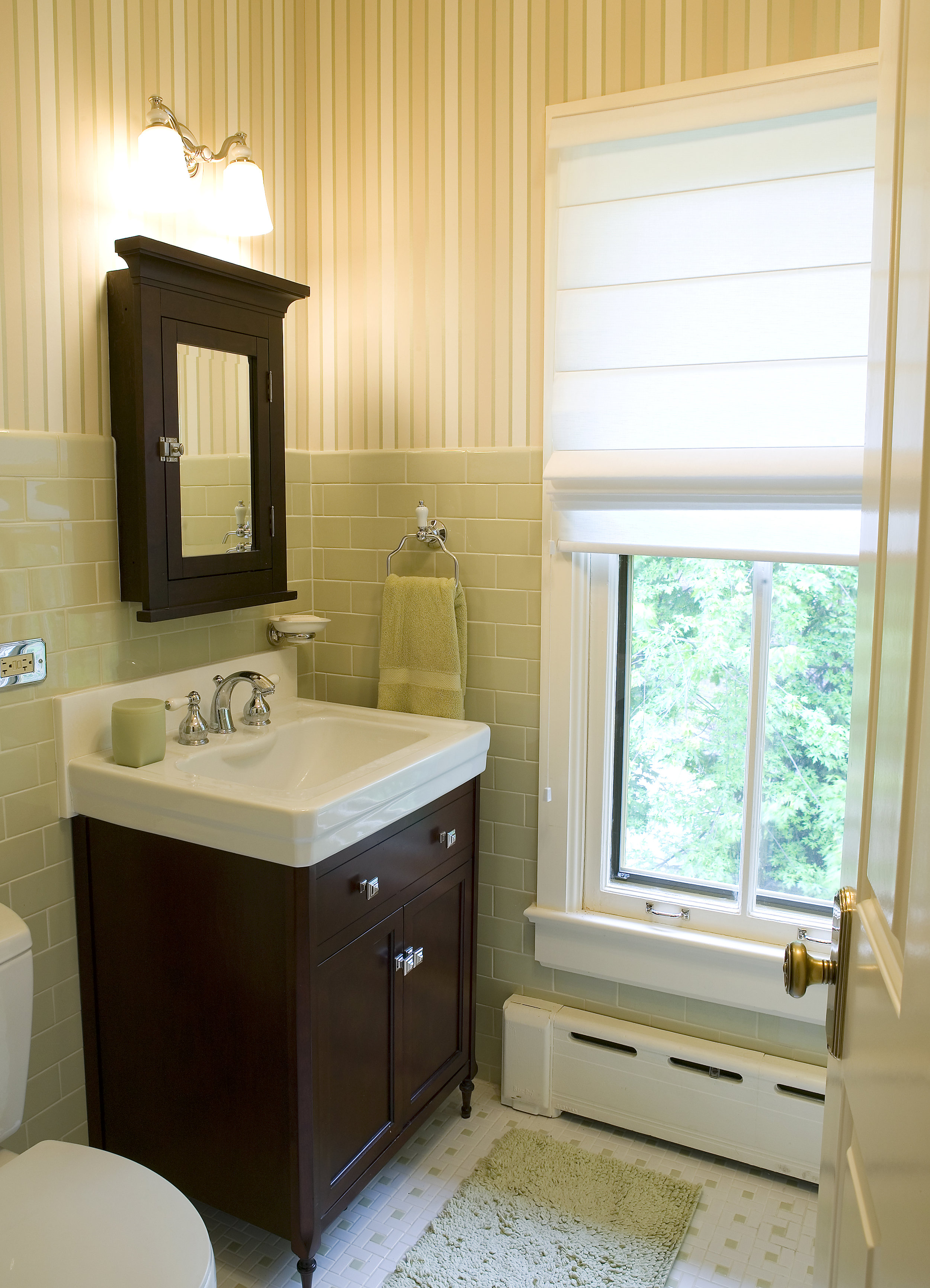 Bathroom interior design 1210 GREENWOOD 007.jpg