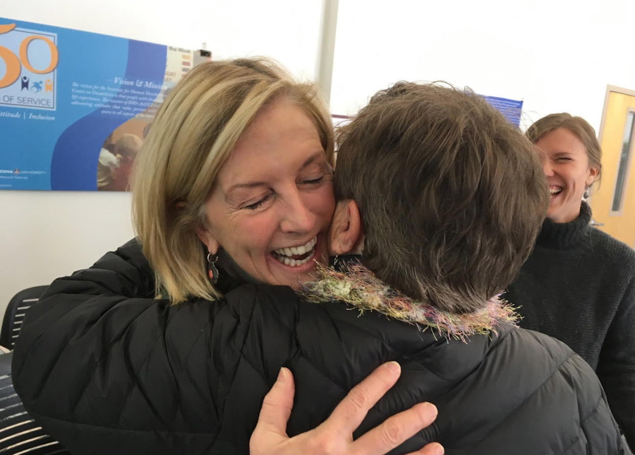 FacilitationWorkshopHug-2019b.jpg