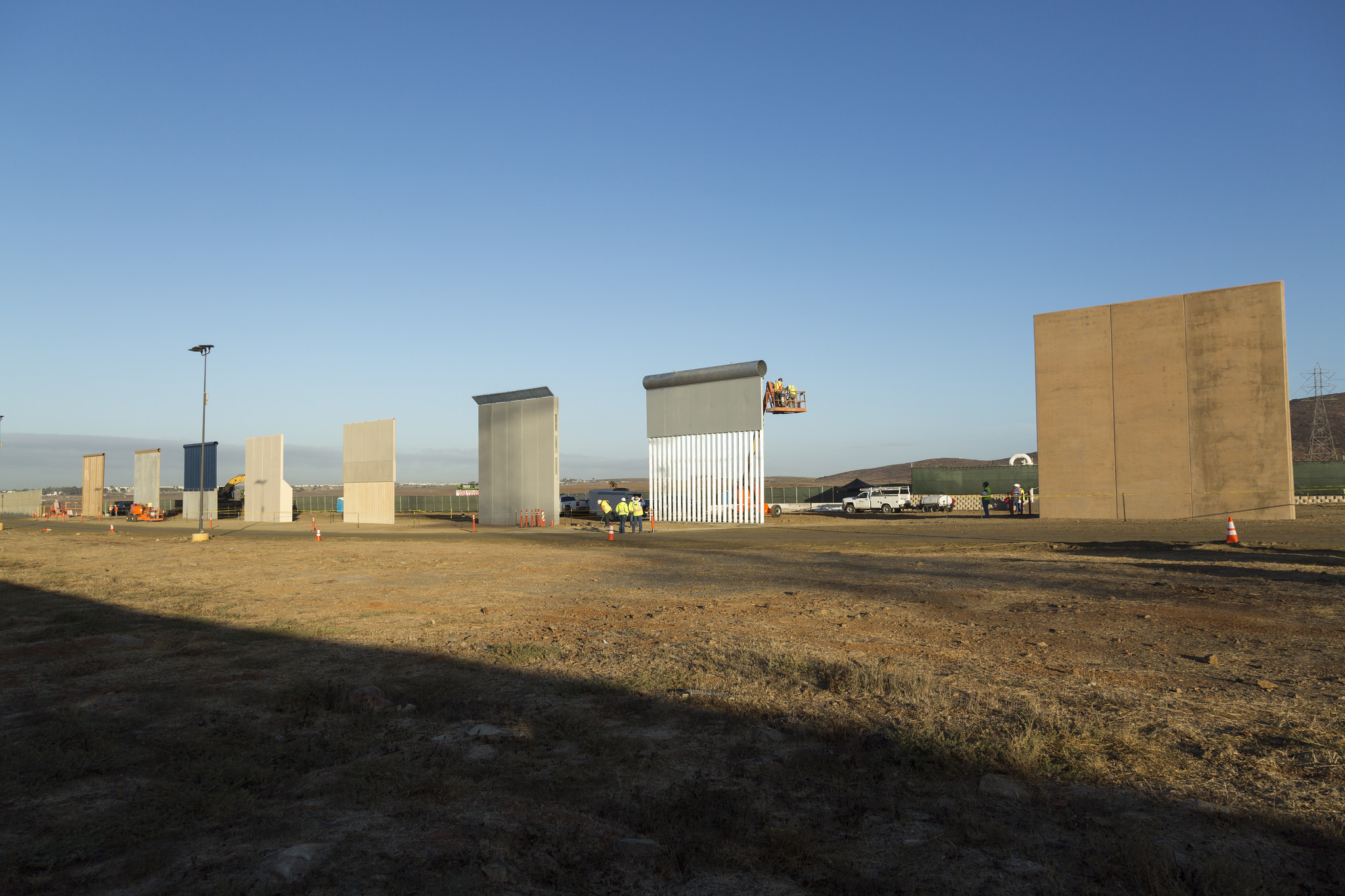 As the Trump administration prepares to potentially declare a national emergency to jumpstart construction of a wall along the U.S.'s southern border—as well as possibly using storm aid funds to do so—the viability of the wall itself has come under fire. In a photo obtained by NBC News, one of the steel bollard border wall prototypes in Otay Mesa, California, was easily breached using an off-the-shelf saw.  @Archpaper
