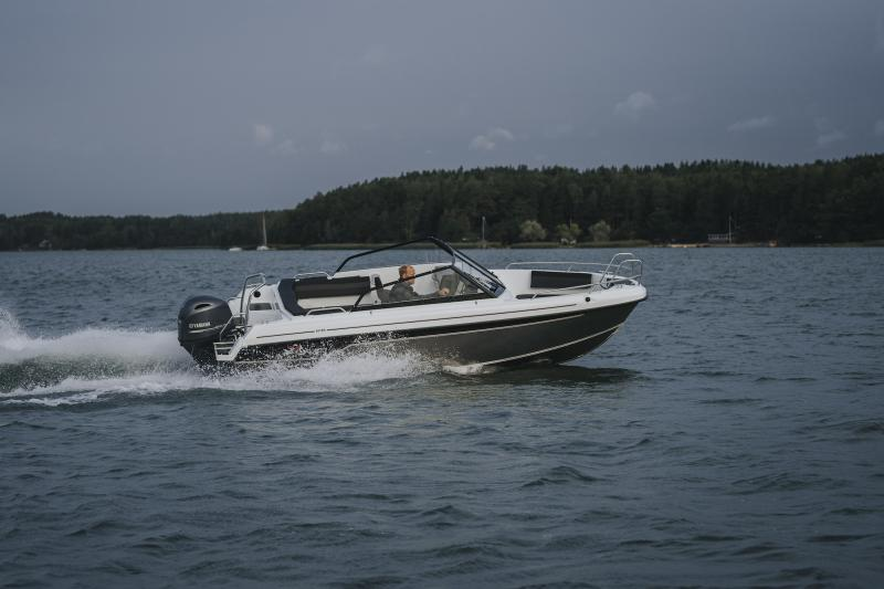 Yamarin Cross 62 Bow Rider 2019.jpg
