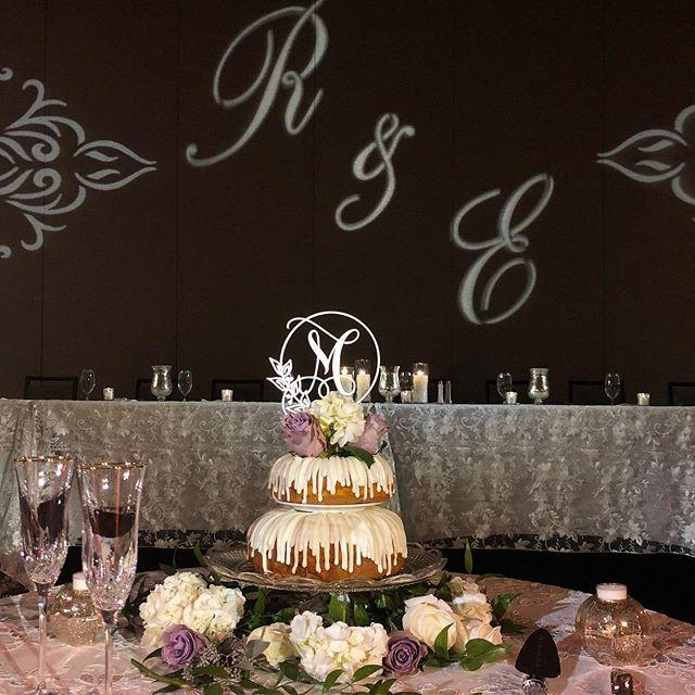 Nothing bundt love at Renee & Eric's wedding! 💕 . . . . . #weddingcake #weddingcakeideas #weddingcakeinspo #weddingcaketable #bundtcake #nothingbundtcake #nothingbundtcakes #bundtcakesofinstagram #weddingday #weddinginspiration #kandkweddings #weddingsofinstagram #nashvilleweddings #nashvilleweddingplanner #tennesseewedding
