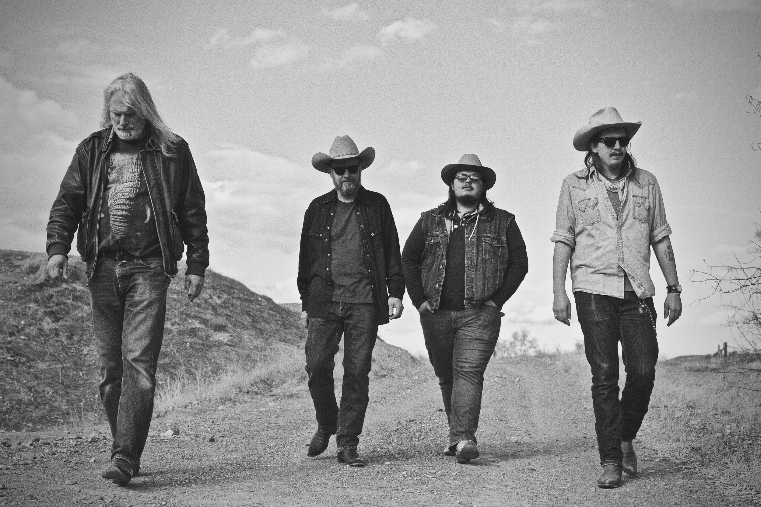 tylor & the train robbers -