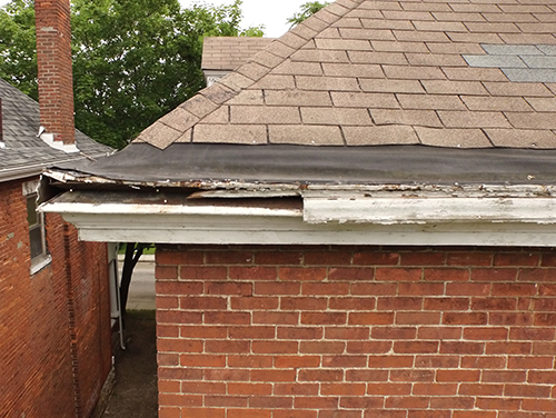 Roof-damaged-fresno-madera.jpg