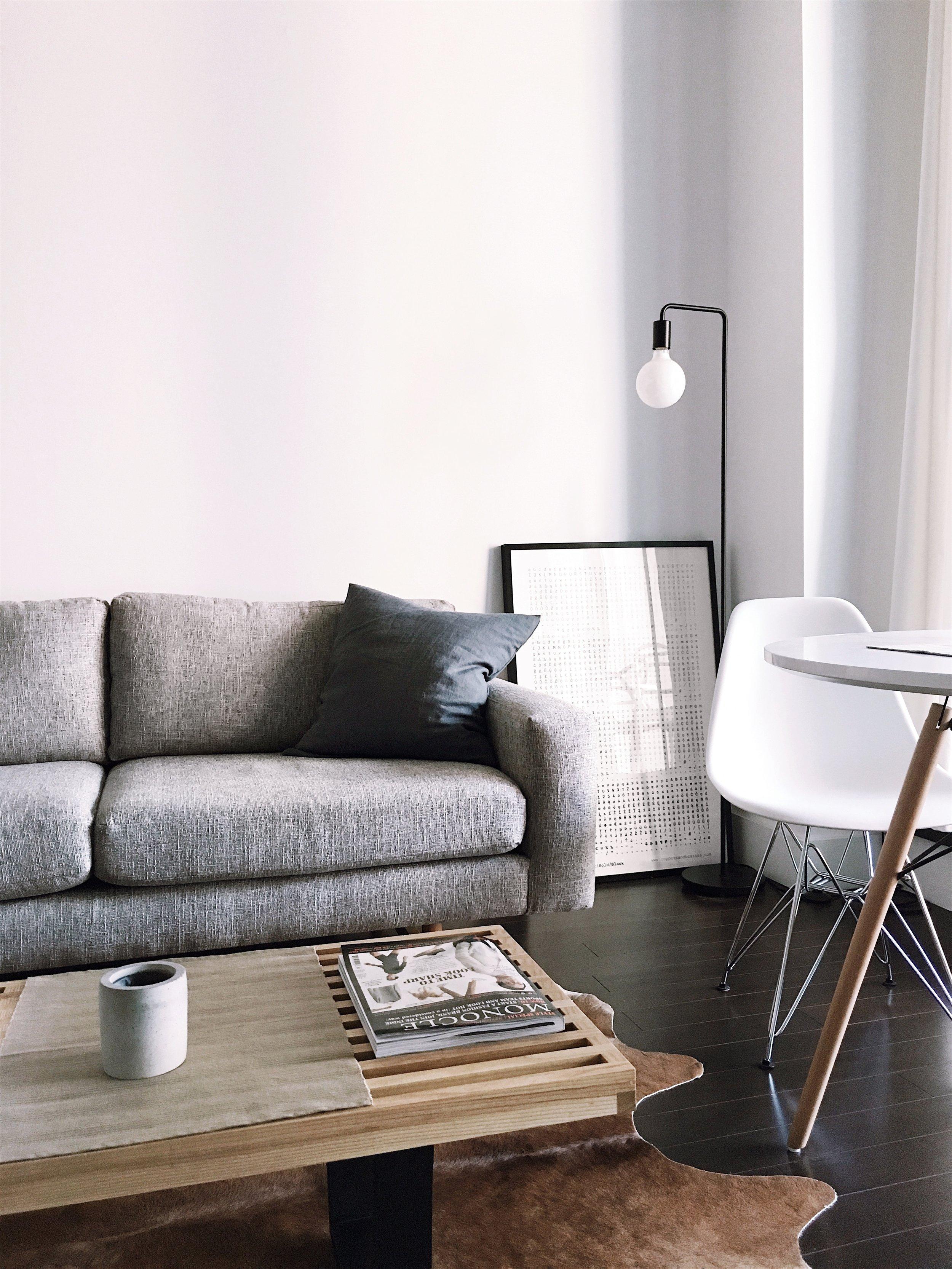 modern living room.jpg