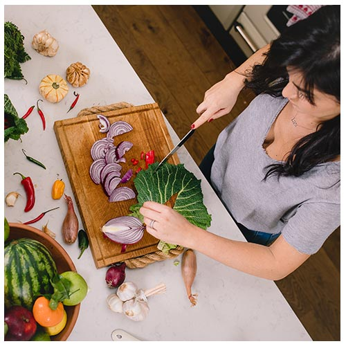 Best of both - This customised session combines the best of both worlds - the nutritional meal planning advice and hands-on cooking time that focuses on your specific health concerns.