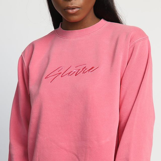 If you don't know, now you know — @gloir3 is now available online worldwide.  Check out the full collection and let me know which is your favorite! *Link in Bio 📸 @_westonrich