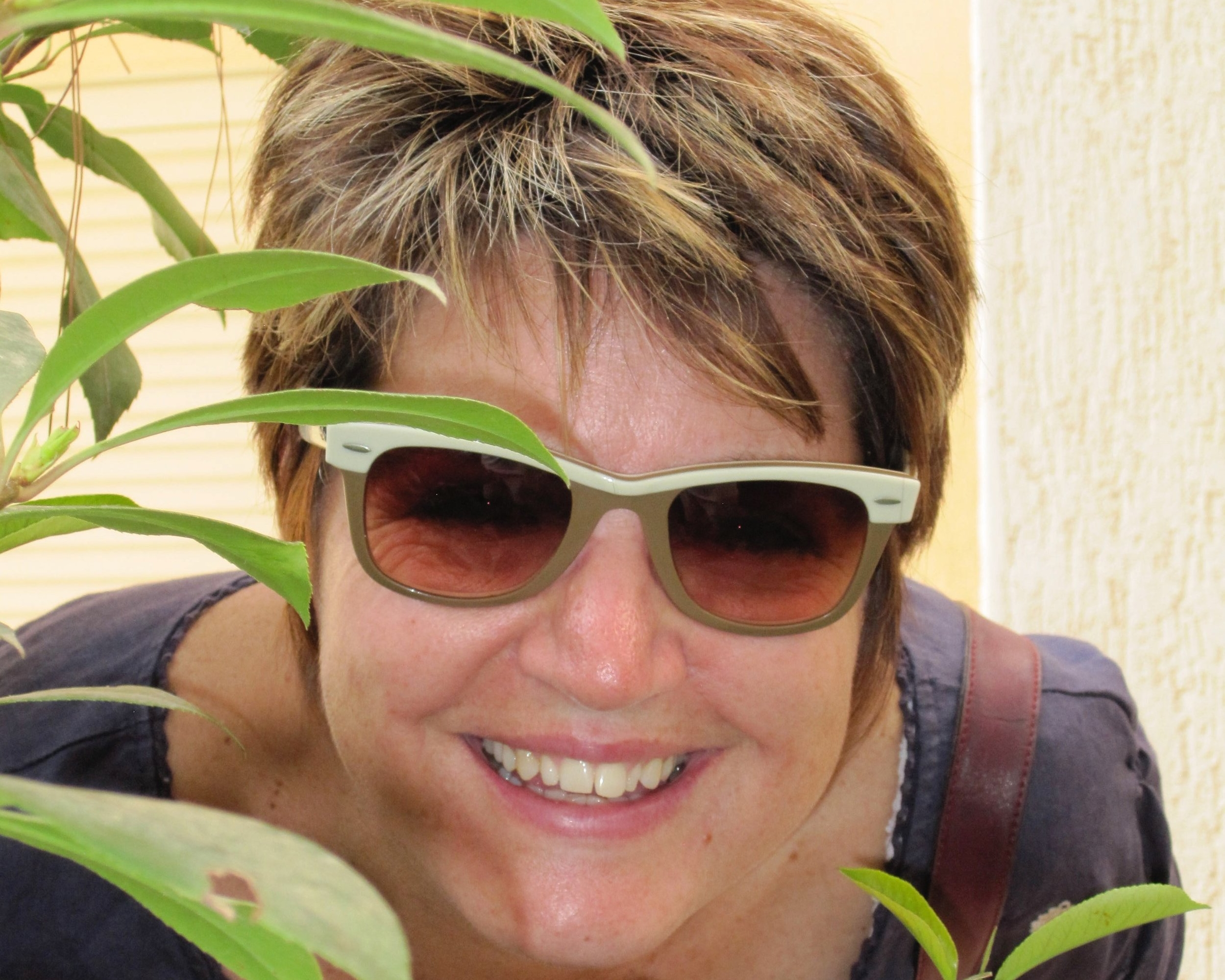 Antoinette Valsamakis   Antoinette is a director and consultant within a risk and insurance management company and full-time carer of a dependent Aunt. She is passionate about finding ways we can simplify our lives and find joy and meaning through connection to our families, communities and the wider world (society and planet).