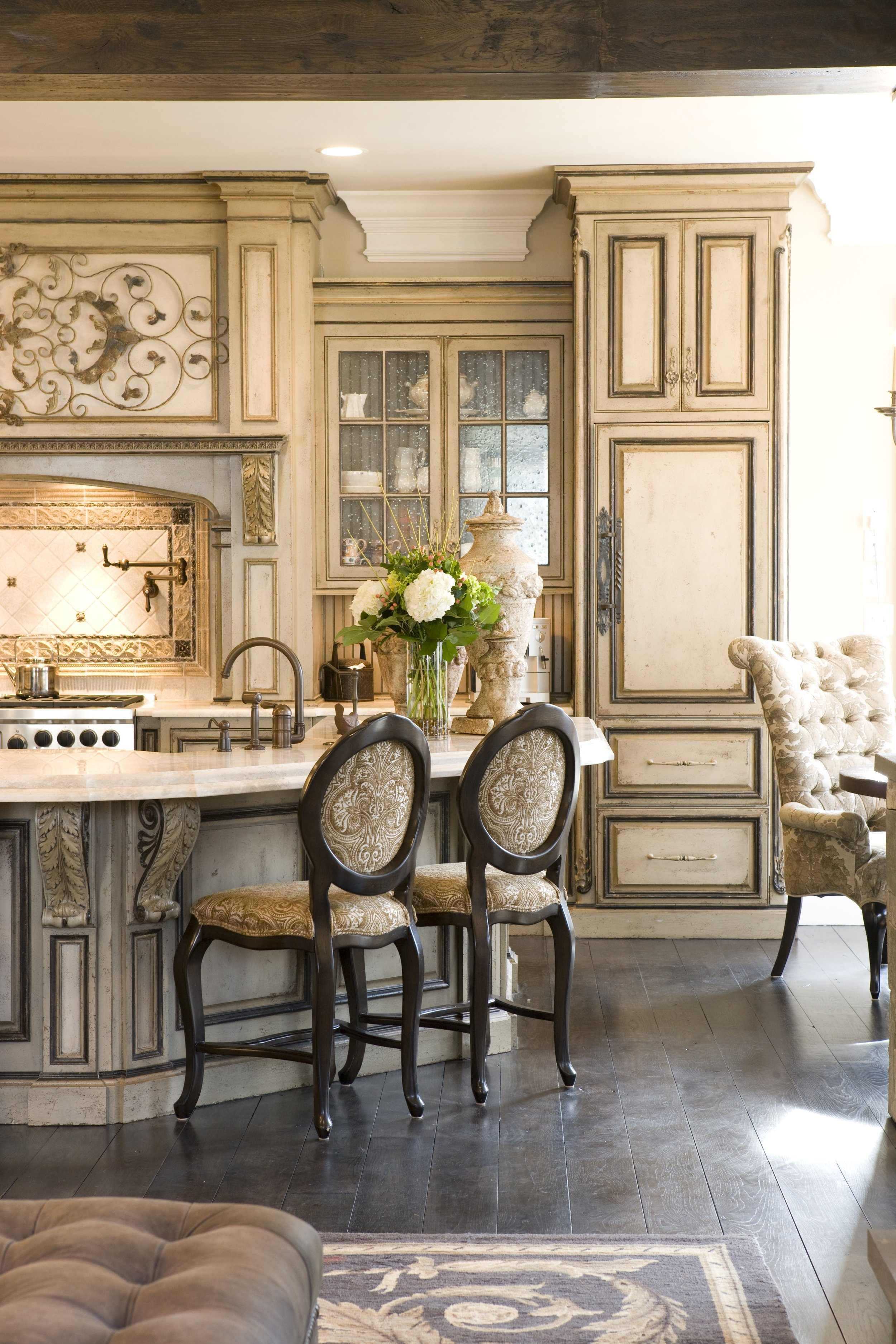 Habersham Casually Elegant Kitchen.jpg