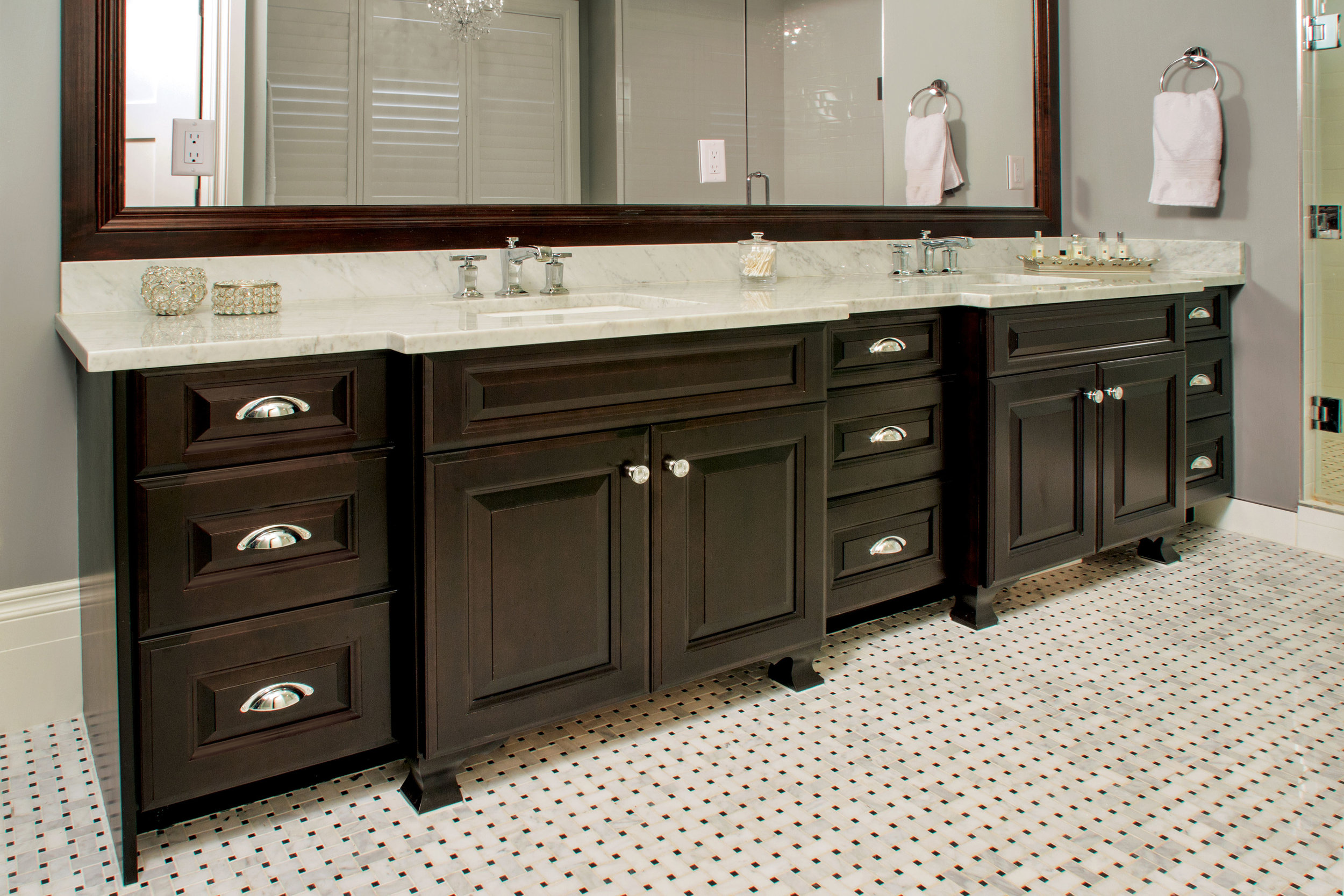 Storage - Forgetting about storage is one of the biggest mistakes you can make. Imagine the amount of things we store in the bathroom that we use daily. Smart storage units should be one of the most important aspects in your design.