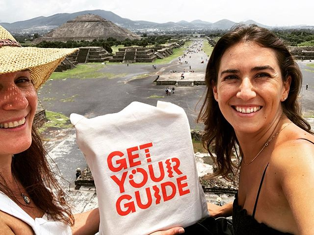 With great excitement I share with all of you that now my tours @recorridosconhistoria are part of @getyourguide 🙋🏽‍♀️👏🏼👏🏼👏🏼👏🏼 Thanks you so much @mariajosecb for all your help, patience and for inviting me to be part of the great team of #getyourguide 💕