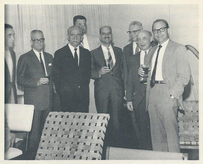 Charly Kunzi entre colegas do ITA - Instituto Tecnológico de Aeronáutica, 1963 (último à direita) Site AEITA - Associação dos Engenheiros do ITA