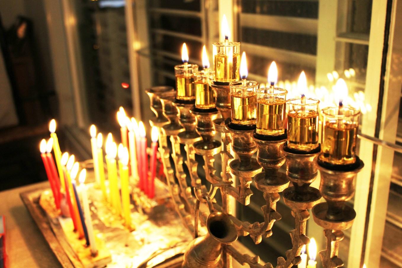 Hanukkah_15906526388.jpg