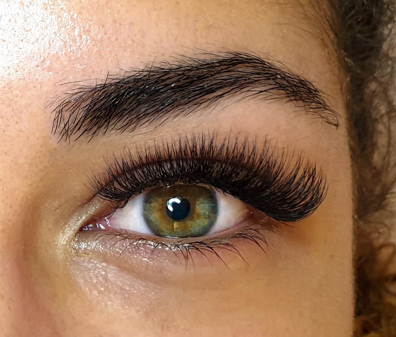 Volume-lashes.jpg