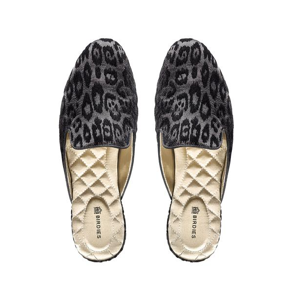 https://birdiesslippers.com/products/the-phoebe-in-black-leopard