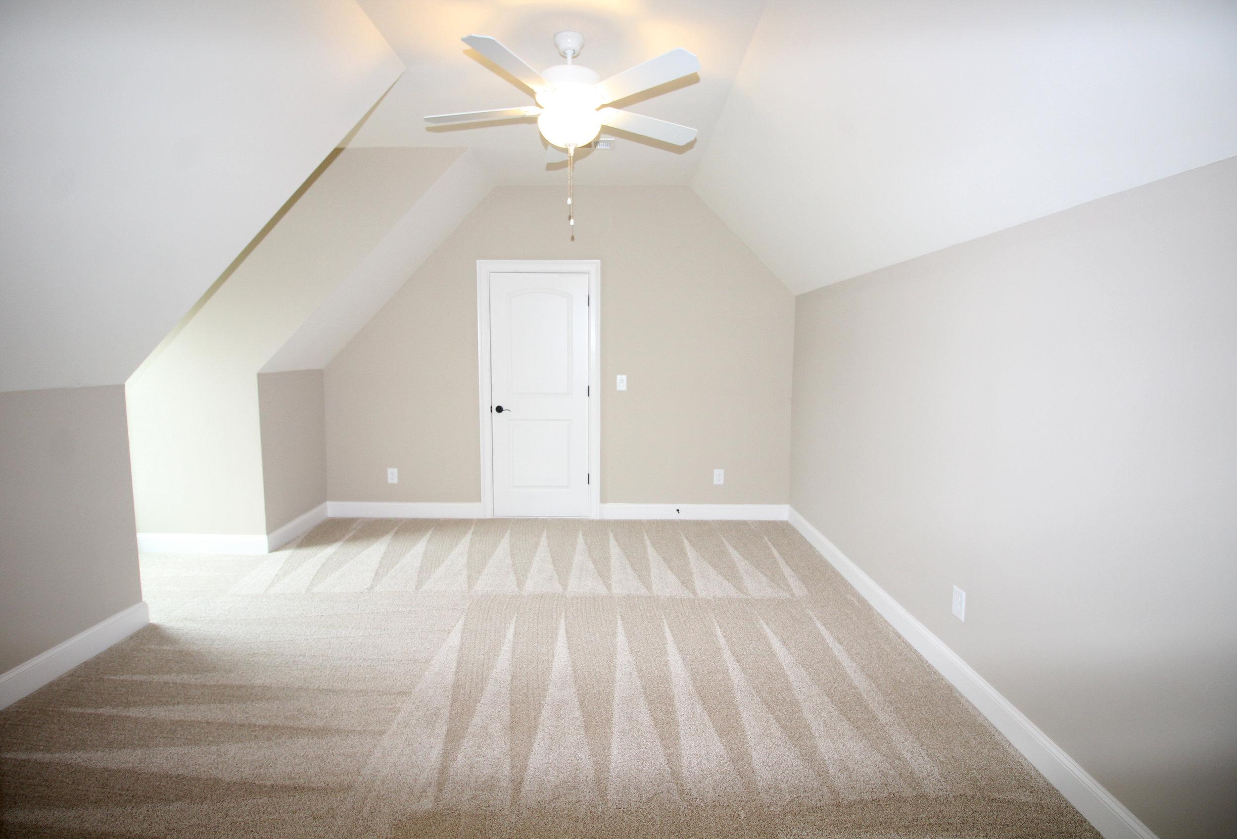bright-open-bonus-room-1756-greenleffe-drive-statham-ga-30666-the-georgia-club-oconee-county-oconee-springs-athens-area-home-for-sale-courtyard-homes.JPG
