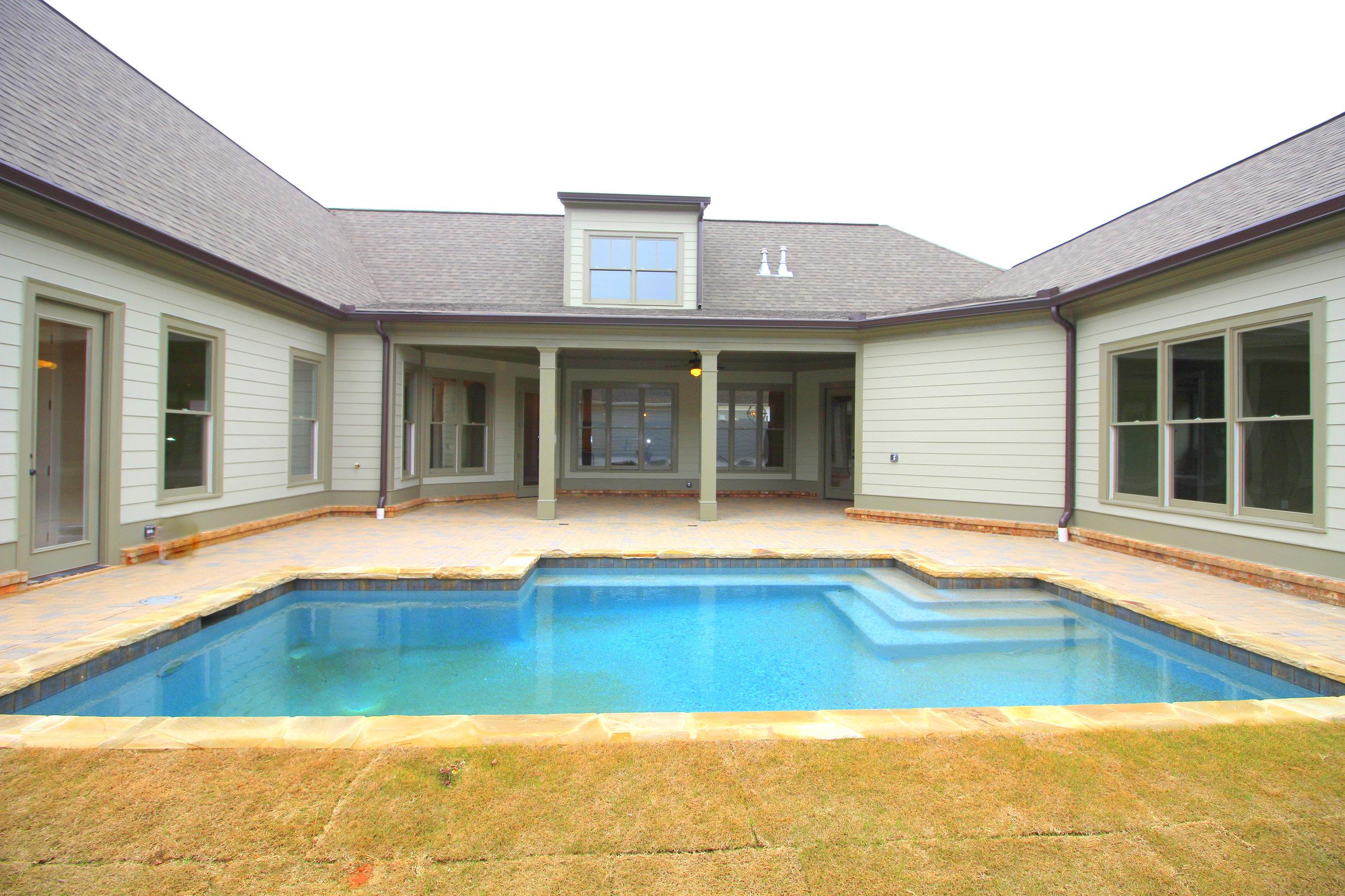 sodded-back-yard-with-pool-1756-greenleffe-drive-statham-ga-30666-the-georgia-club-oconee-county-oconee-springs-athens-area-home-for-sale-courtyard-homes.JPG