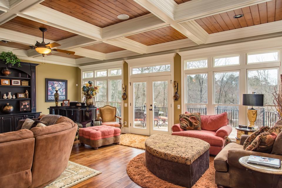 1310-longwood-park-$1,387,000-clubside-living-oconee-springs-courtyard-homes-house-for-sale-georgia-club-athens-sarah-lee-realtor-living-area-long-view.jpg