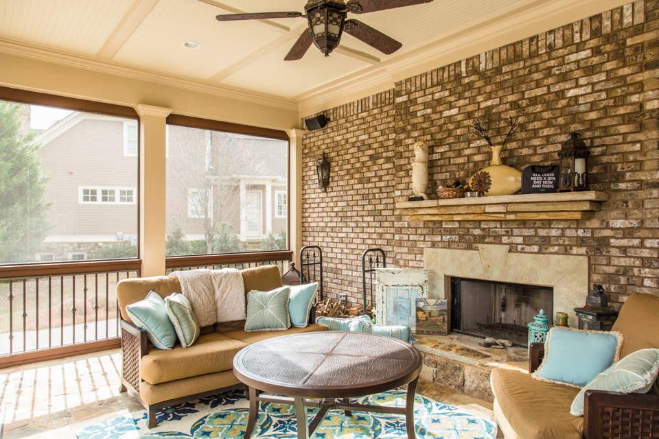 1310-longwood-park-$1,387,000-clubside-living-oconee-springs-courtyard-homes-house-for-sale-georgia-club-athens-sarah-lee-realtor-outdoor-living-area-sreened-in-porch-2.jpg