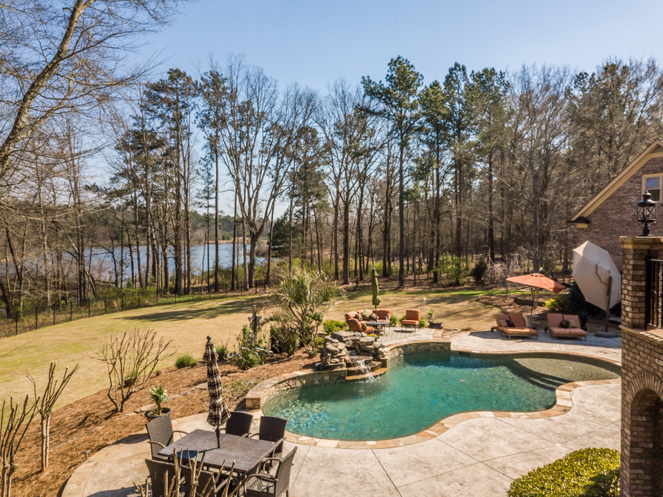 1310-longwood-park-$1,387,000-clubside-living-oconee-springs-courtyard-homes-house-for-sale-georgia-club-athens-sarah-lee-realtor-pool-back-yard-living-area-back-porch-view.jpg