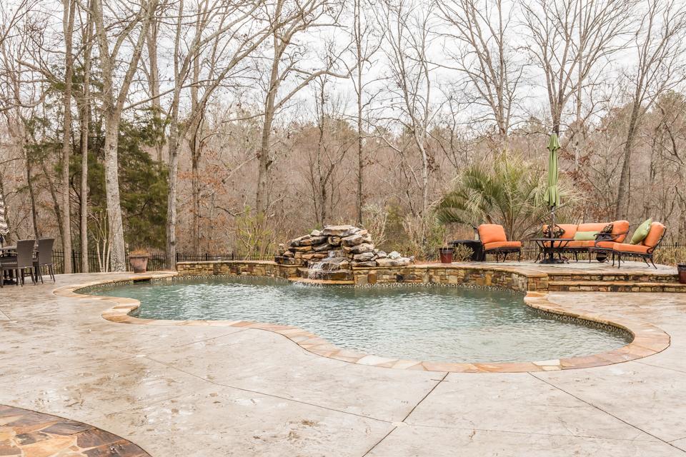 1310-longwood-park-$1,387,000-clubside-living-oconee-springs-courtyard-homes-house-for-sale-georgia-club-athens-sarah-lee-realtor-pool-outdoor-living-area-seating.jpg
