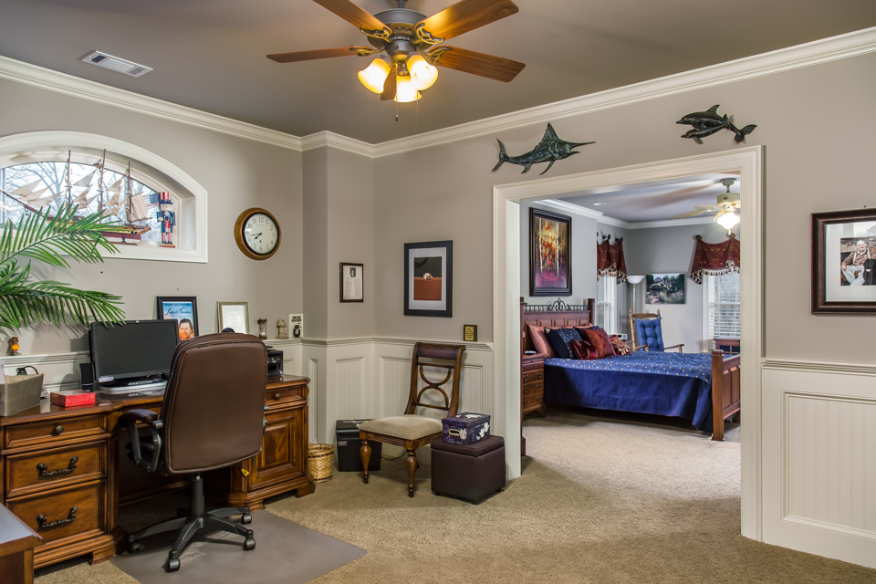 1310-longwood-park-$1,387,000-clubside-living-oconee-springs-courtyard-homes-house-for-sale-georgia-club-athens-sarah-lee-realtor-guestroom-office.jpg