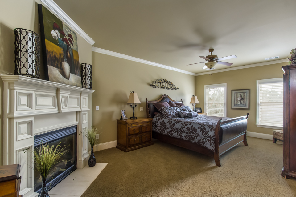 1310-longwood-park-$1,387,000-clubside-living-oconee-springs-courtyard-homes-house-for-sale-georgia-club-athens-sarah-lee-realtor-guestroom-upper.jpg