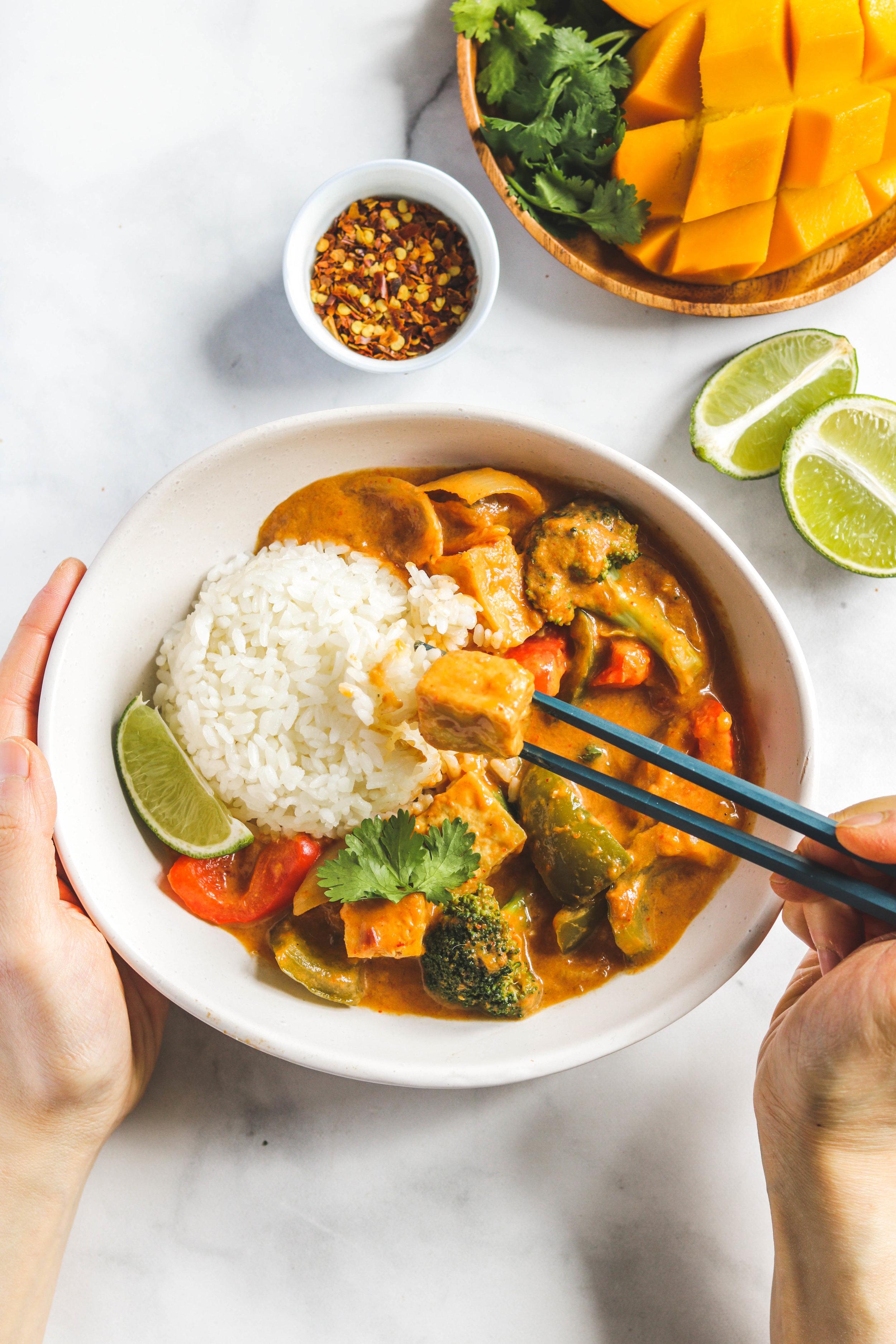 vegan mango coconut tofu curry -19.jpg