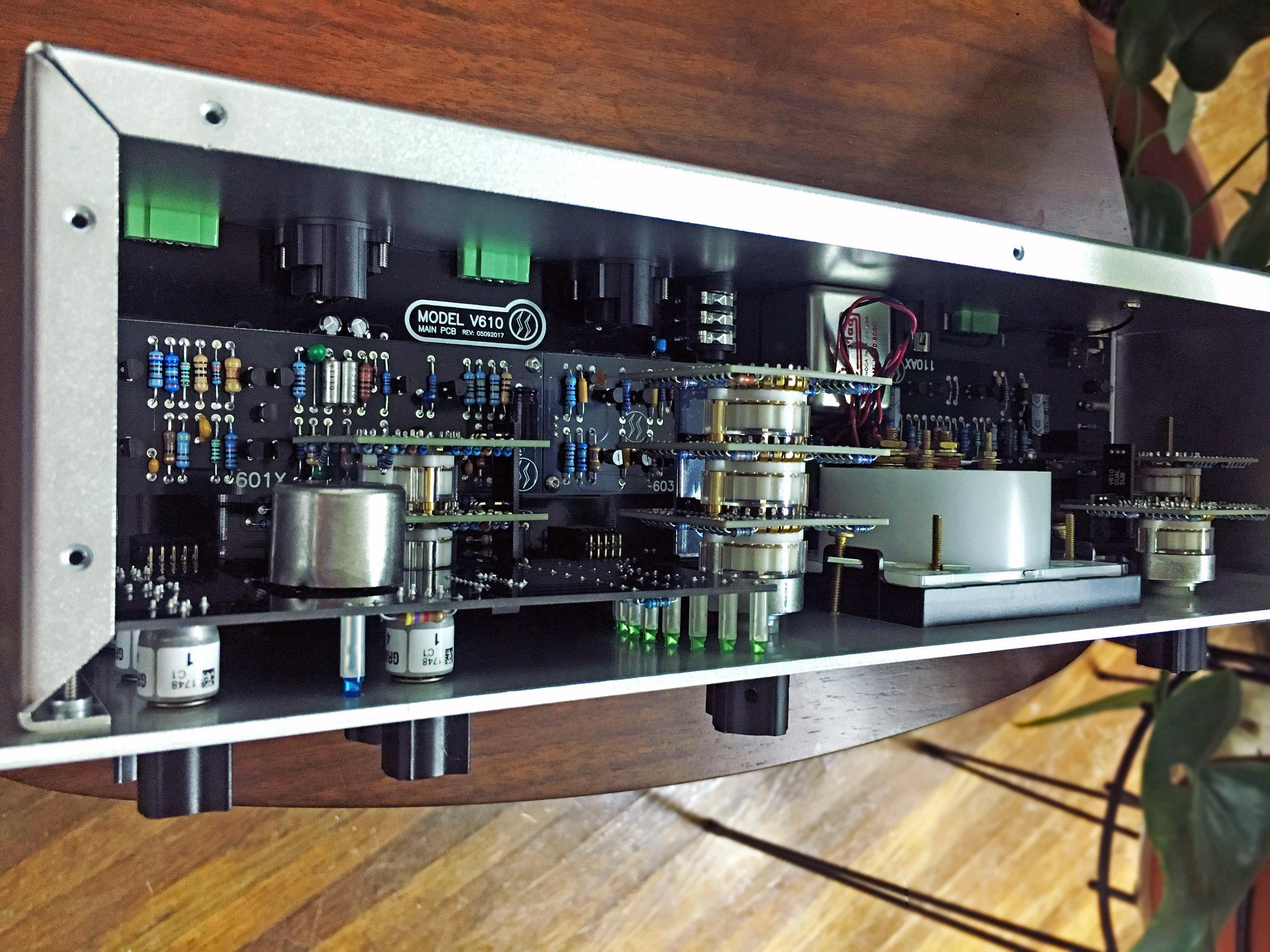 Spectra-Sonics-V610-inside.jpg