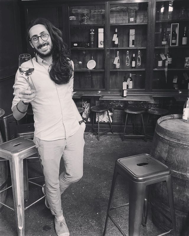 Yesterday we clinked glassware and toasted with bubbles to this Bedales legend who we send off to Oregon (lucky America!). Robin, thank you for your unwavering hard work, your wine geekery, passion, loyalty... and fantastic operatic talents 🎶. Raise a glass to Robin aka 'The Hair'! 🥂 . . . #bedales #hair #weloverobin #dontgo #okgobutmissus #boroughmarket #employeeofthemonth