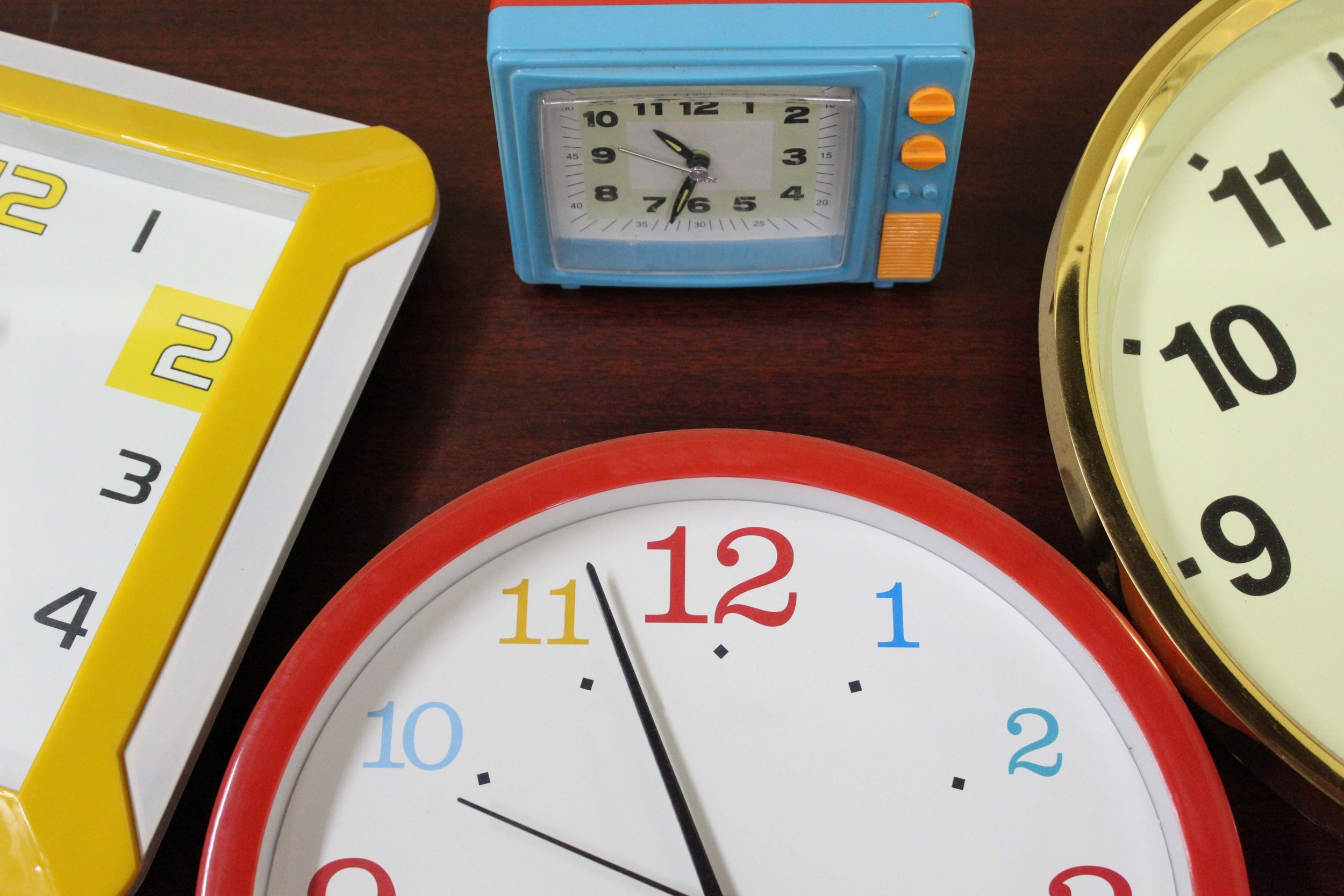 watch-hand-clock-time-number-hour-692211-pxhere.com.jpg