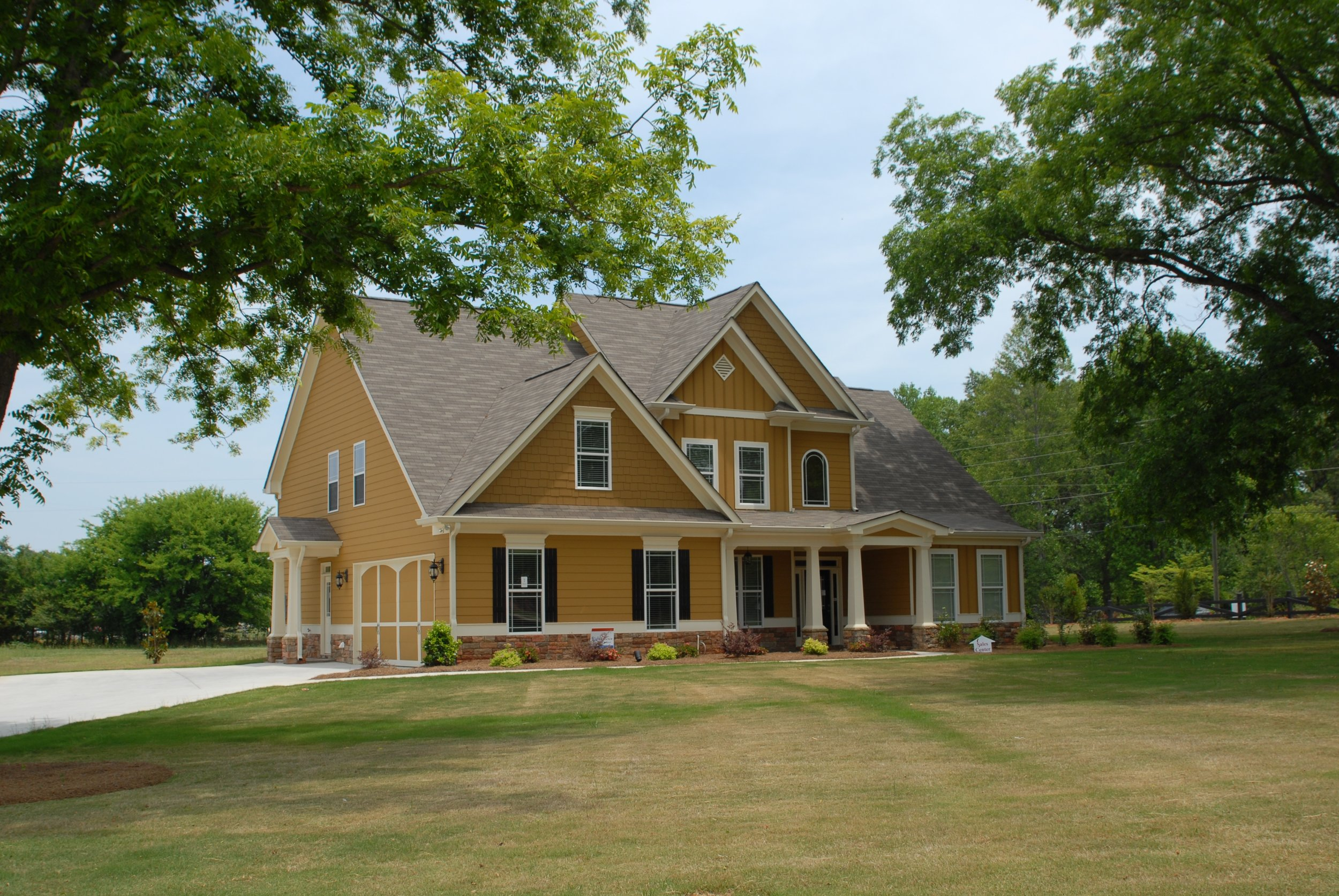 architecture-structure-sky-wood-lawn-mansion-488737-pxhere.com.jpg