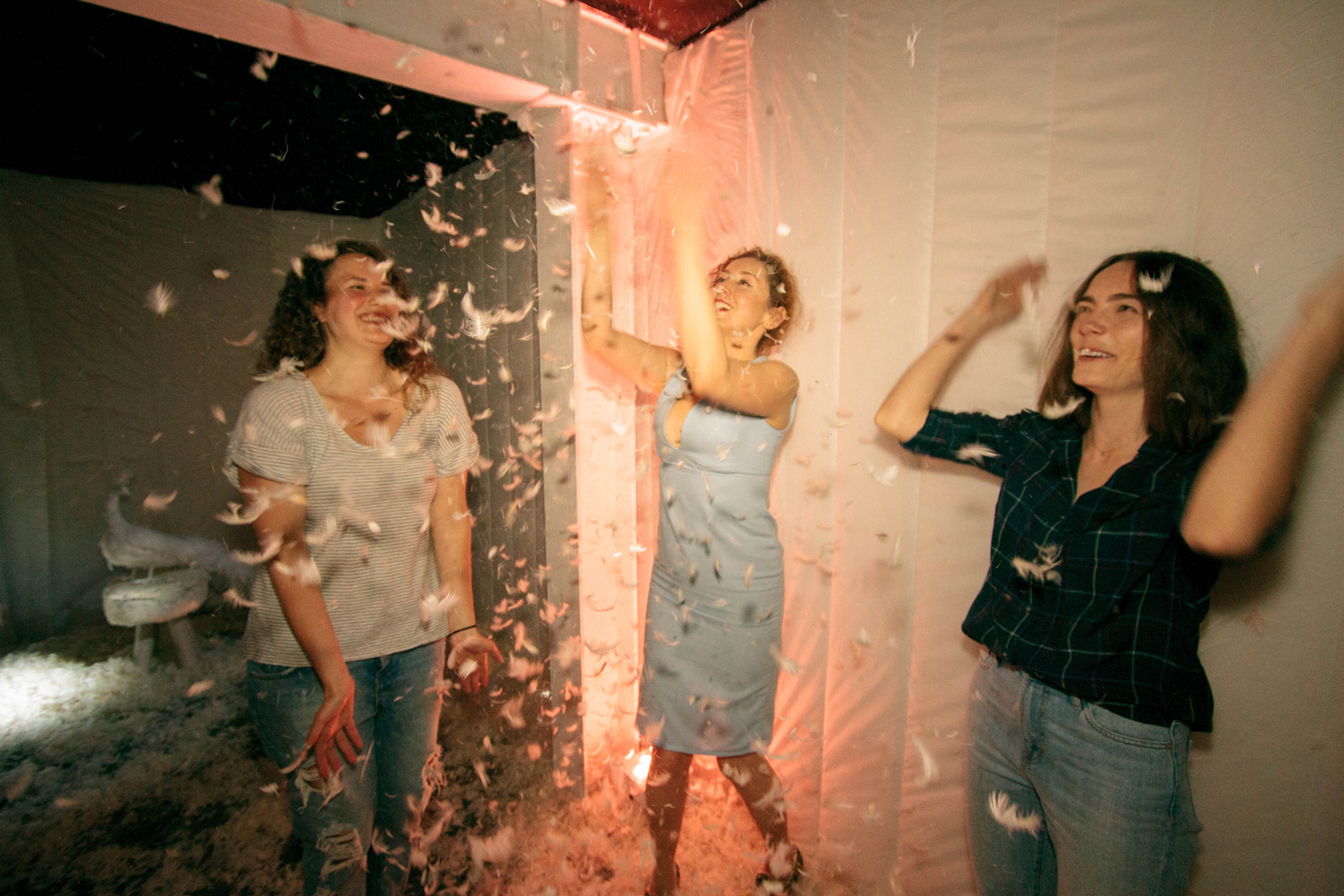 Large-scale pillow fights, this immersive event - centred on the theme of domesticity - will appeal to all your senses.
