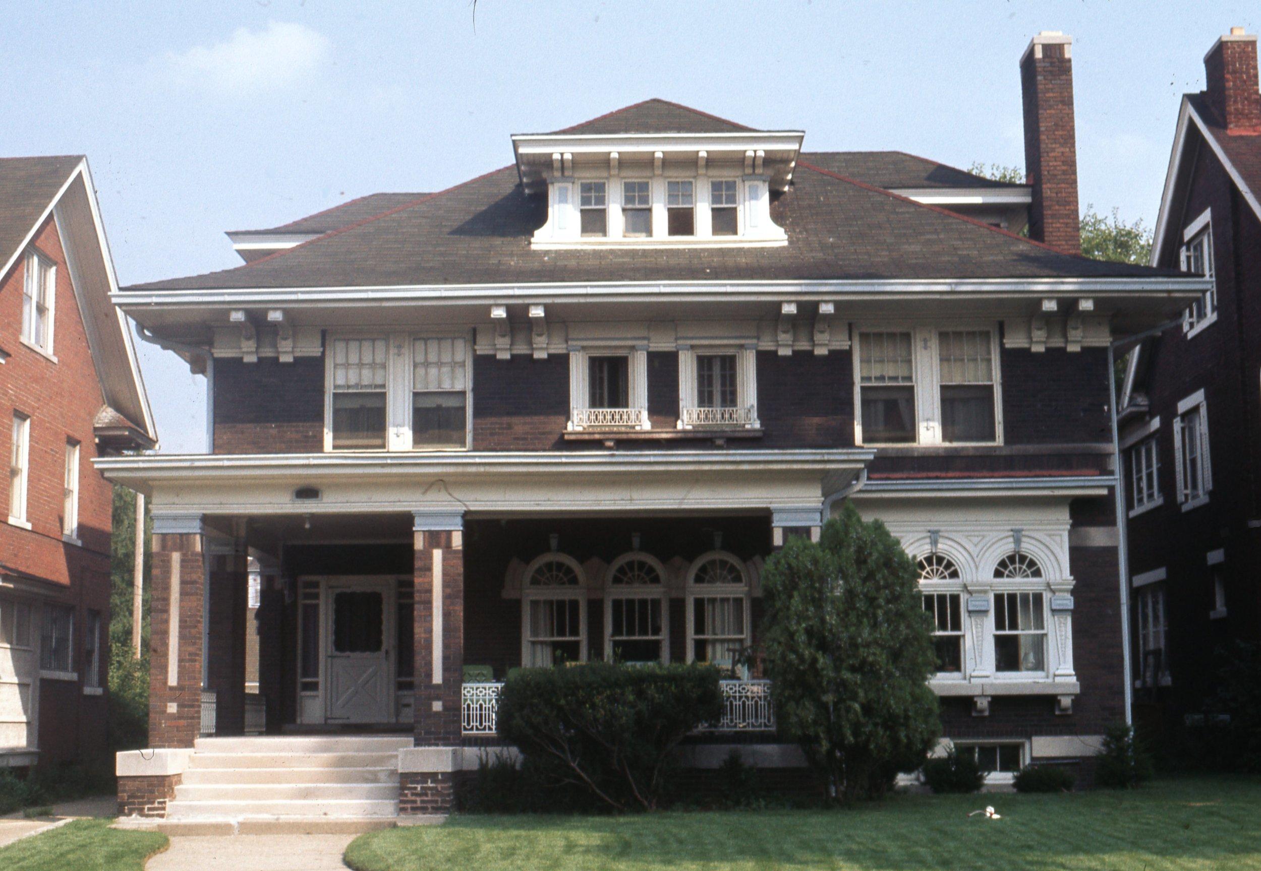 1496  W. Chicago 1974.jpg