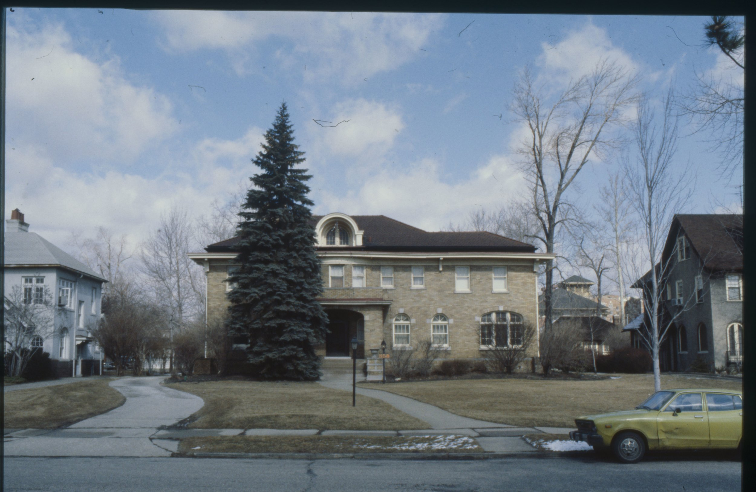 858 W. Boston 1980.jpg