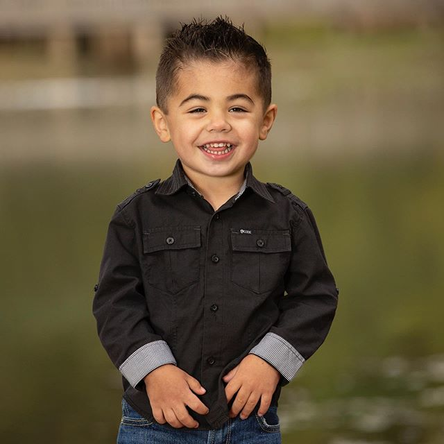 Isn't this little guy the cutest?!! #stlouisphotography #stlouisfamilyphotographer #cutenessoverload #familyphotography #happyguy #childportraits