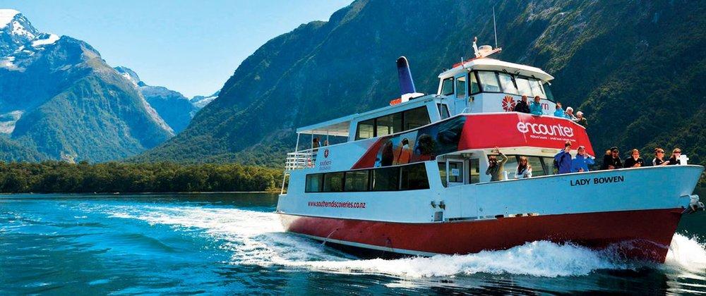 southerdiscoveriesboat.jpeg