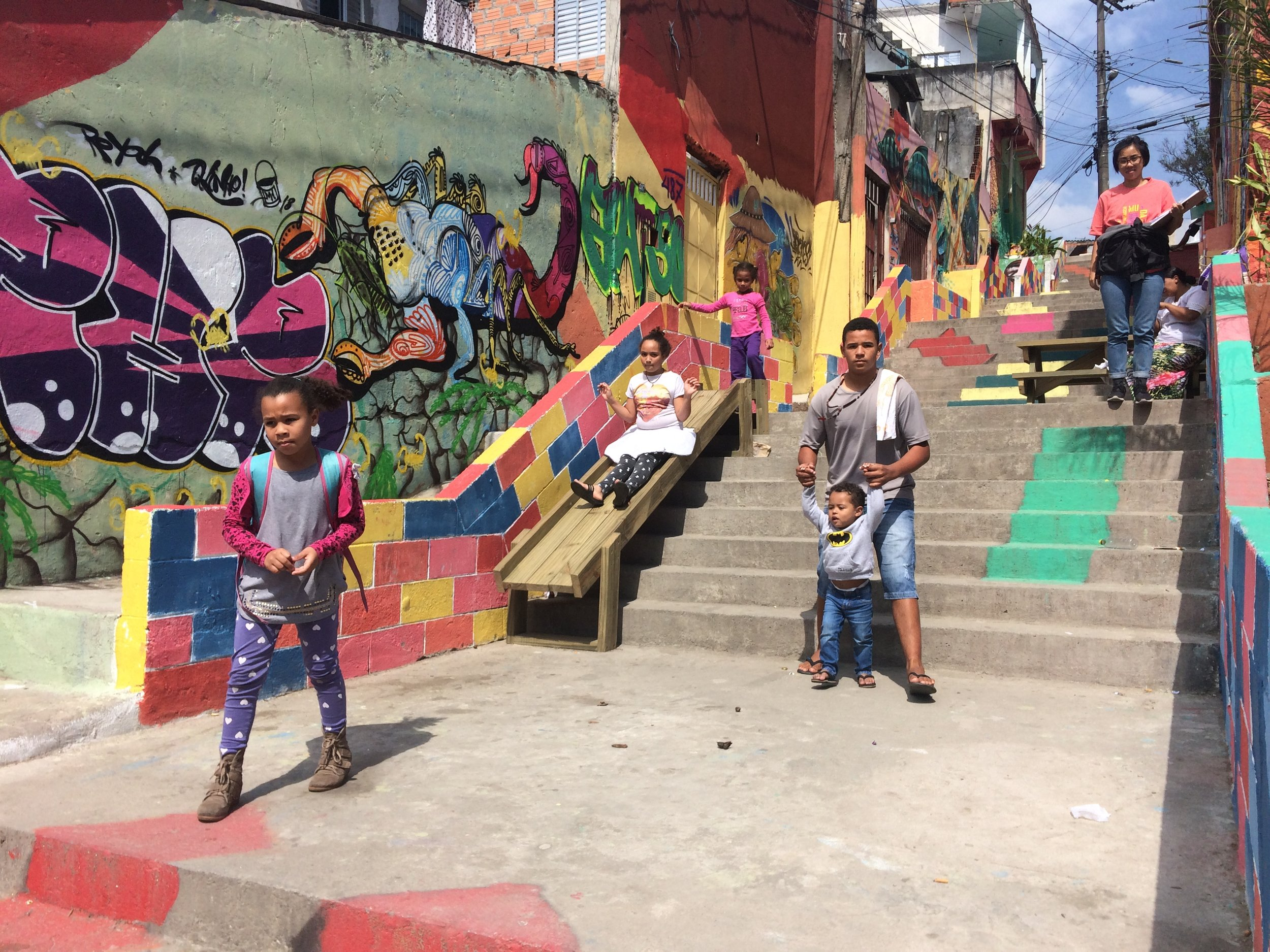 The Jardim Nakamura staircase now invites locals to enjoy art, play structures, and a safer place to walk through the city. Credit: Cidade Ativa