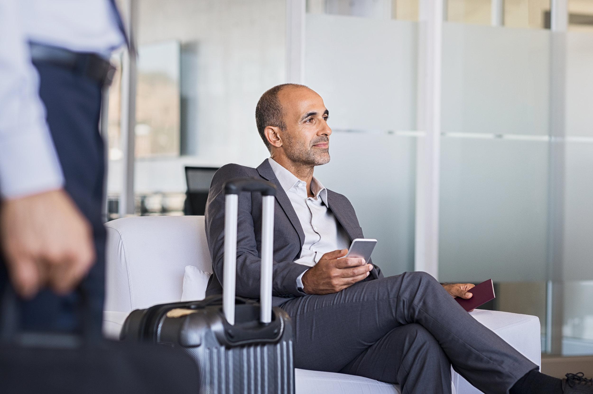 Businessman-waiting-at-airport-842865090_6144x4080.jpeg
