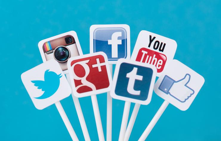 Social-media-icons-on-plastic-signs-458456841_742x473.jpeg