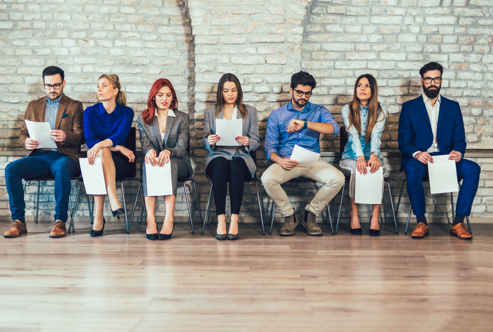 Photo-of-candidates-waiting-for-a-job-interview-959922564_722x487.jpeg