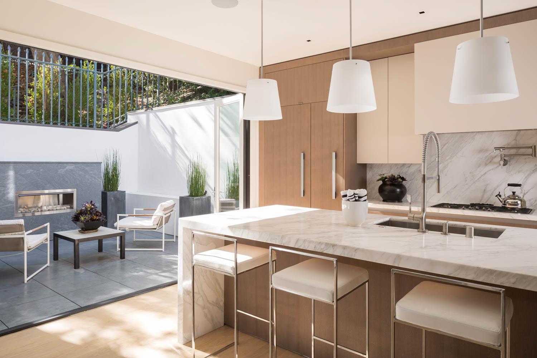 Kitchen_Patio_2755.jpg