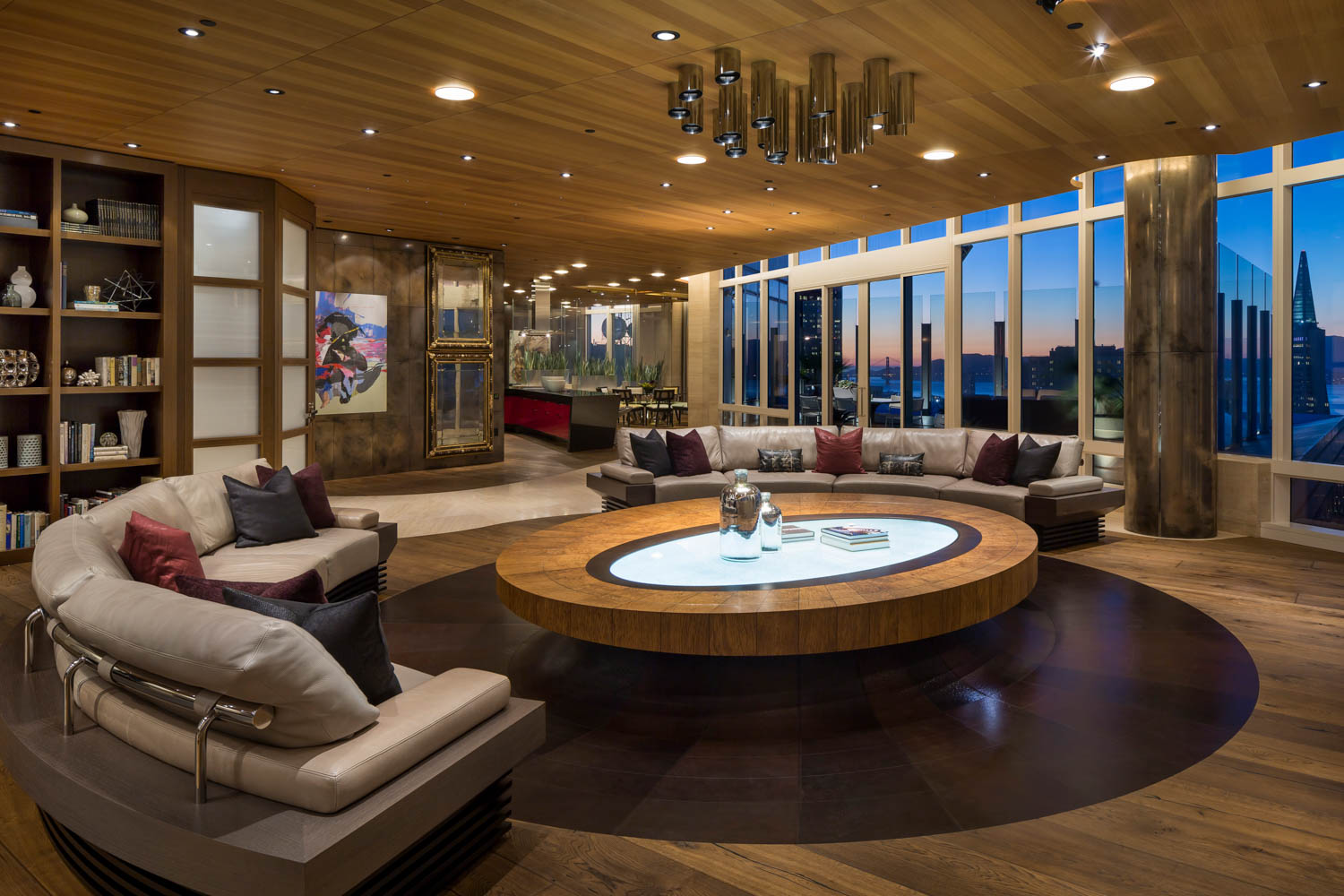 ART COLLECTOR'S PENTHOUSE