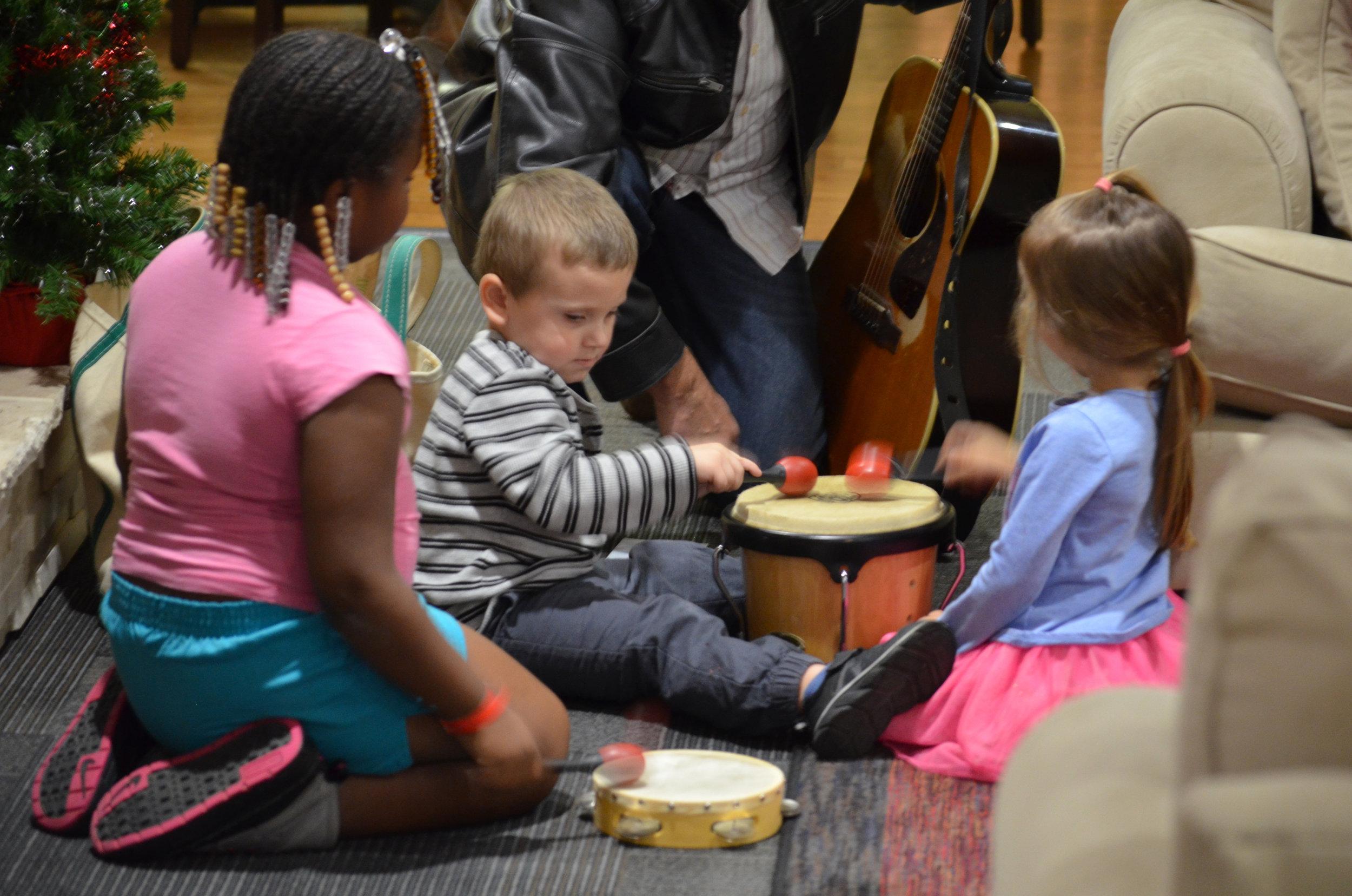 Kids at RMDH w Joe 4.jpg.jpg