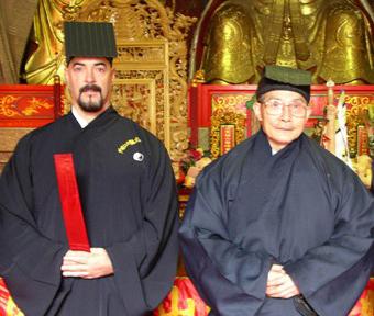 Dr. Johnson and Senior Abbot Qiu Yu Song (Longhu Shan Daoist Monastery)