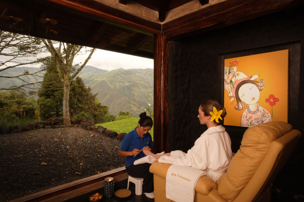 SPA DAY - Includes: use of 4 pools and jacuzzi with hot volcanic water, 1 steam bath with cold water contrast, 1 exfoliation with honey bee, sugar cane and orange, 1 full body massage (1h.), 1 manicure and 1 pedicure.$139