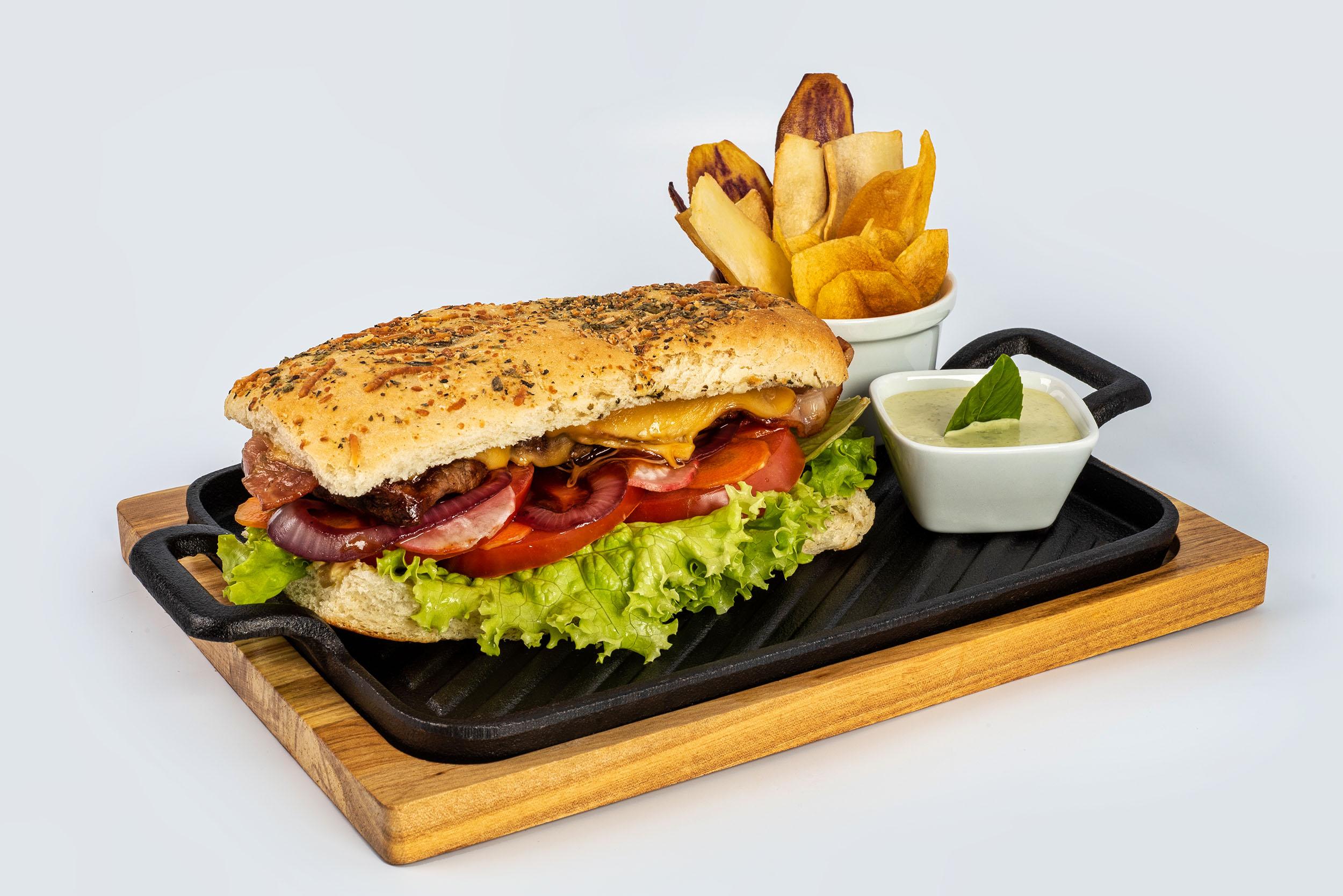 Sánduche Roast Beef del Tungurahua $8,96