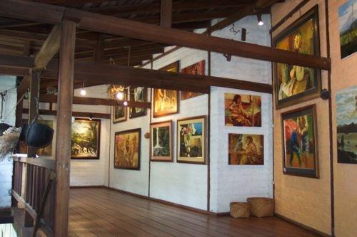 Galeria de Arte El Refugio del Viento Banos Ecudor.jpg