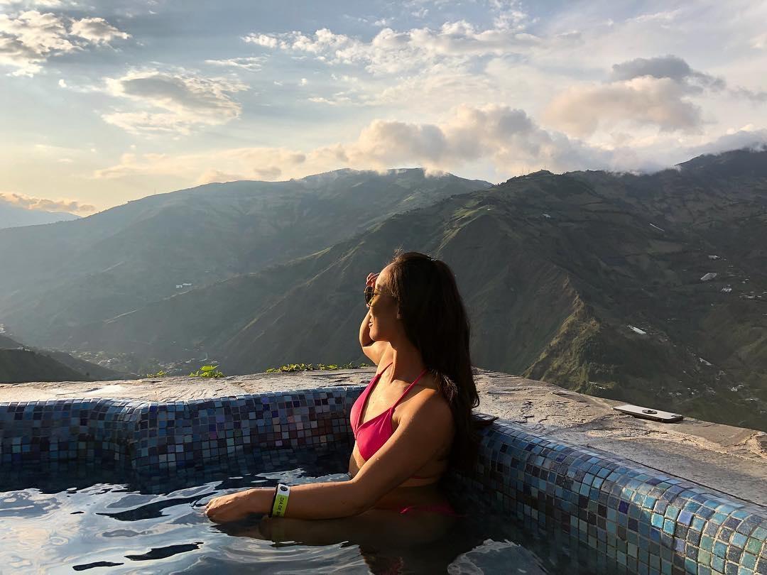 Espectaculares vistas desde las piscinas de Luna Volcán